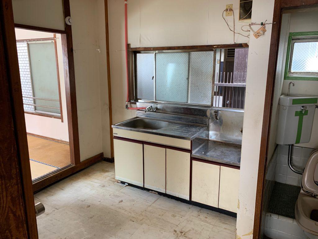 遺品整理と残置物処分の回収撤去後の写真(世田谷区)(3Fキッチン)