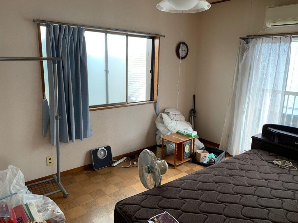 遺品整理前の写真(2階部屋1)品川区
