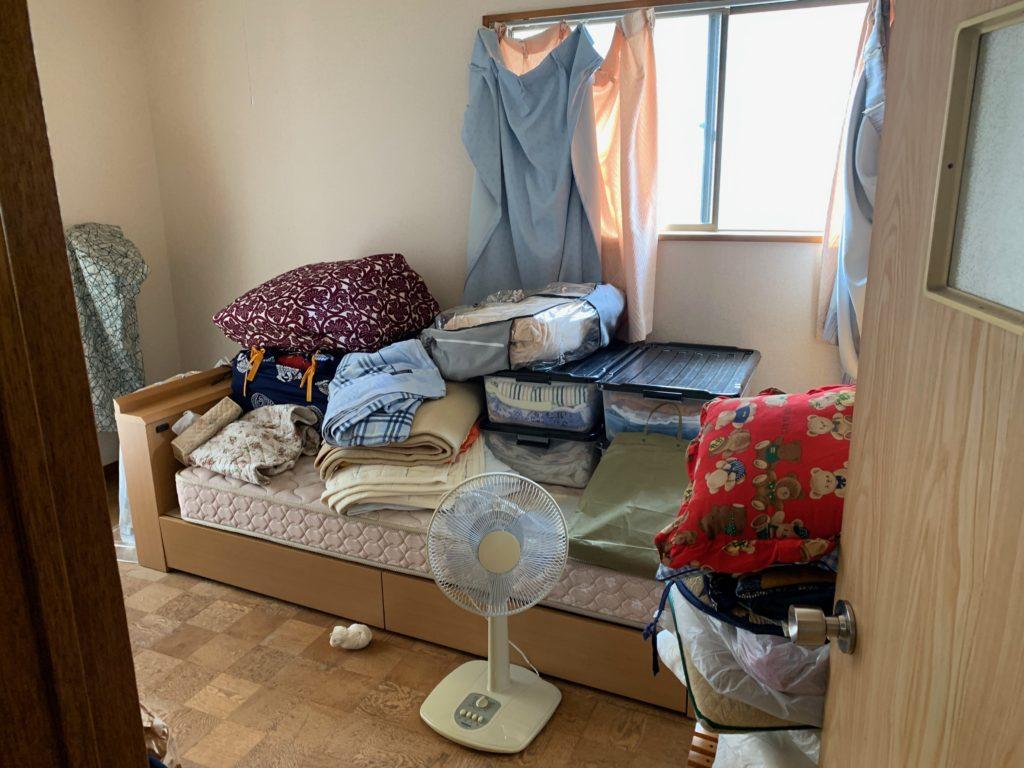 遺品整理前の写真(2階部屋2)品川区
