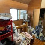 一軒家の生前整理前の写真(二階踊り場)品川区
